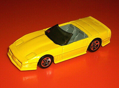 ### Hotwheels 5Sp Yellow C4 Chevrolet Corvette Convertible Made In Malaysia