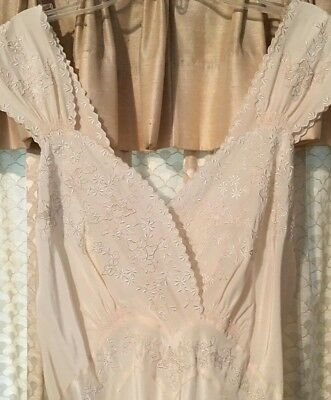 Vintage Silk Lingerie Gown Ivory 1940's Eur 40 Hand Sewn Very Good Condition