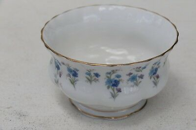 Superb Royal Albert MEMORY LANE Sugar Bowl England