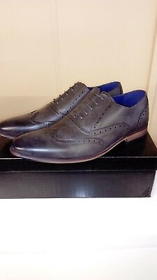 Mens Boys grey brogue lace up dress fashion shoes....Size 9..Brand New With Box