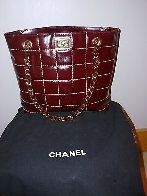 42b31585c814 Women's Vintage Chanel Quilted Lambskin Leather Handbag W Gold&Leather  Straps