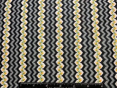 Vintage Cotton Fabric 40s PRETTY Yellow Roses Zig zag 35w 1yd