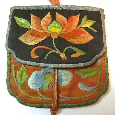 Antique Vintage Purse Chinese Embroidered on Silk Delicate Floral Design on Silk