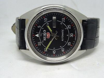 7009 Seiko 5 Day&date Automatic Black Color Dial Numeric Figure Working Watch