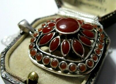 Large Vintage Style Sterling Silver Carnelian Sunflower Pendant Chain Necklace