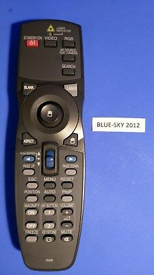 Hitachi R008 LCD Projector Remote Control Cp-wux645n Cp-wx625 8949h Lw400