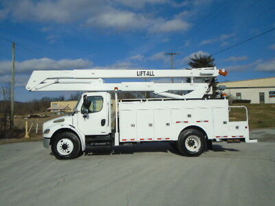 2005 Freightliner M2 Automatic Lift-All 55' Boom/bucket Material Handler Truck