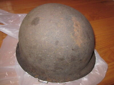 Original vintage WWII US Army M1 steel pot helmet from Papua New Guinea !!!