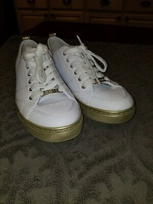 G Sneakers New White Leather Up Box By No Women's Shoes Guess Lace GSqzVpUM