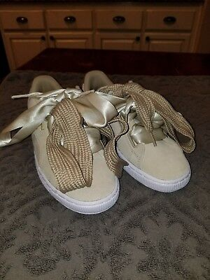 00fd5849857d12 Puma Heart Tan Suede Ribbon Sneakers Tennis Shoes Womens 6.5 Extra Laces new