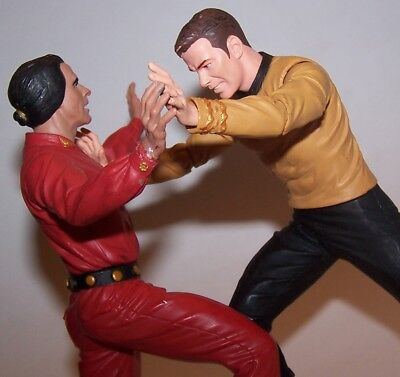 Star Trek Original Series Captain Kirk VS KHAN!! Diamond Select Action Figures