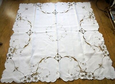 Madeira linen tablecloth with embroidery flowers & cut work