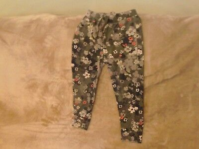 Girls 6-7 years - Khaki Green/Floral Jogging/ Leisure Trousers - Gap