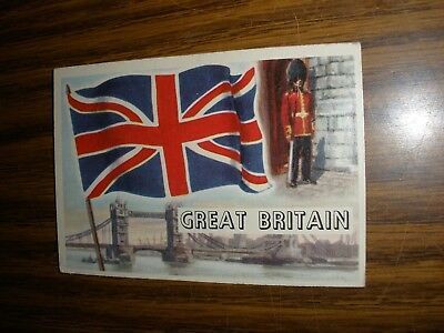 1956 Topps Flags of the World #26 Great Britain  Vg