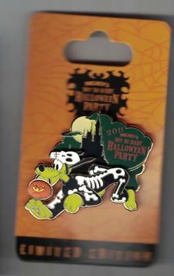 Disney 2017 Mickey's Not So Scary Halloween Pluto in Skeleton Costume Pin Le New