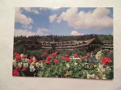 Trapp Family lodge and Guest House Stowe Vermont VT Continental Sized Postcard