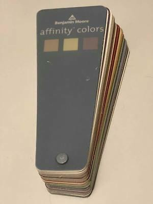 Benjamin Moore Affinity Colors Paint Fan Deck GREAT CONDITION! FAST SHIPPING! A+