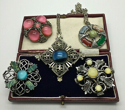 Vintage Jewellery Mixed Lot Scottish Agate Brooches/pendants