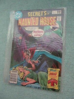 SECRETS of SINISTER HOUSE  NO. 39  ,  DC  COMIC .