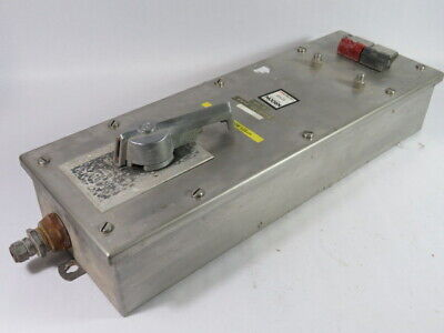 Allen-Bradley 712-ACC1-24 Combination Starter w/ Disconnect Size 0 ! WOW