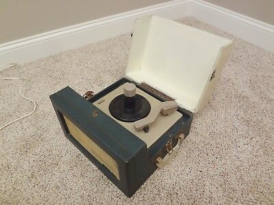 Vintage 1950s RCA Victor 45 RPM Tube Auto Record Player 6-EY-3B WORKS VIDEO 50's