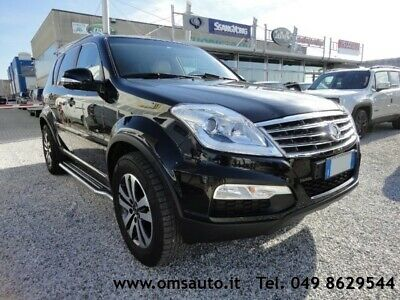 SSANGYONG REXTON W 2.0 Xdi 4WD A/T Top Trasformabile Autocarro 5 p.