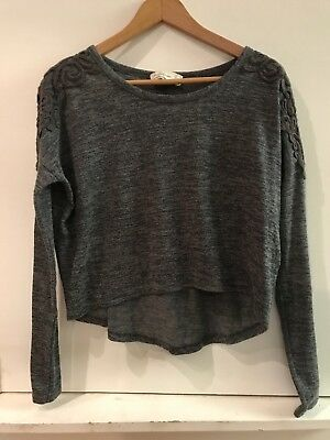 59b9efcfde2ad6 Abercrombie & Fitch Women's Cropped Long Sleeve Gray Shirt Top Appliqué ...