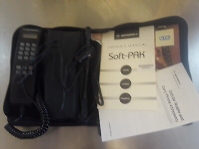 Motorola Soft- Pak Portable Bag Phone SCN2744A Vintage Powers-On Retro Prop