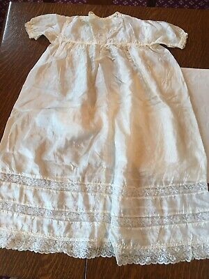 VINTAGE 1930's SILK AND CROCHETED LACE AND EMBROIDERED CHRISTENING DRESS