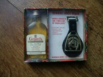 BOXED VINTAGE 1960's GRANT'S WHISKY NOVELTY DISPLAY WITH GOOD LUCK HORSE BRASS: