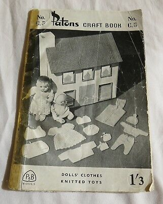 Vintage PATONS Dolls Clothes, Knitted Toys, Tea Cosy, Socks etc Craft Booklet