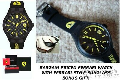 NEW Scuderia Ferrari 0830286 Carbon Fiber Pit Crew Silicone Rubber Mens Watch