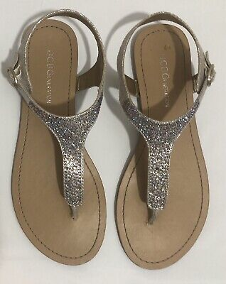 65d5eb712f7 BCBG T-Strap Thong Flat Sandals Silver Embellisments Women s Size 6  Pre-owned