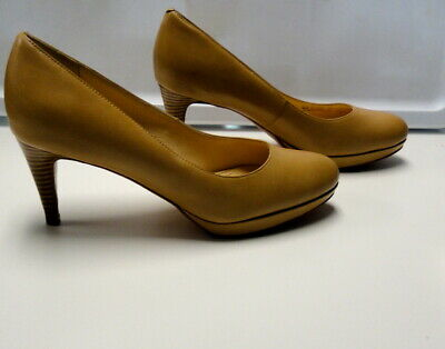 34d7eec53c6d COLE HAAN Beige Solid Leather Round Toe Slim Heel Classic Pumps Size 8 B4286