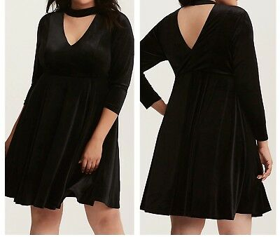 f2dc7cf6a8e19 3X 22 24 TORRID Black Velvet and Lace Cinch Front Skater Party Semi ...
