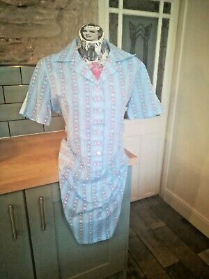 1940s STYLE VINTAGE HOUSE WIFE PINNY DRESS BLUE & PINK FLORAL SIZE 18-20