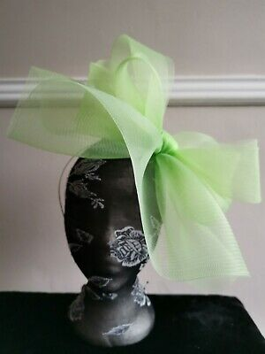 light apple green fascinator millinery burlesque headband wedding hat hair piece