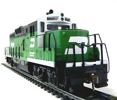 HO Scale Model Railroad Trains Layout Engine Burlington Northern GP-9 Locomotive