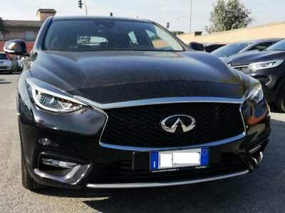 Infiniti q30 1.5 business dct executive navi