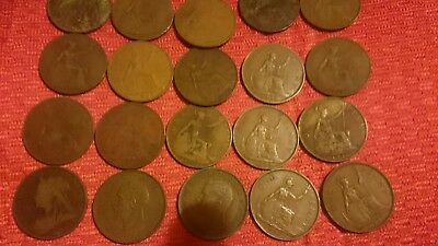 Job Lot of 30 Assorted  OLD ENGLISH PENNY COINS