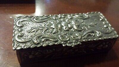 60g STERLING SILVER ELEGANT RECTAN virtu BOX WITH ALEGORIC FLOWERS BOUQUET COMPO