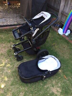 Joolz Pram with Bassinet - Great Condition