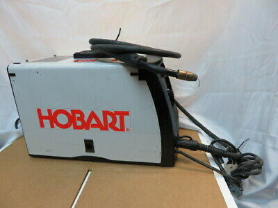 HOBART HANDLER 140 Wire-Feed MIG Welder - 115V Model# 500559 *No Reserve*
