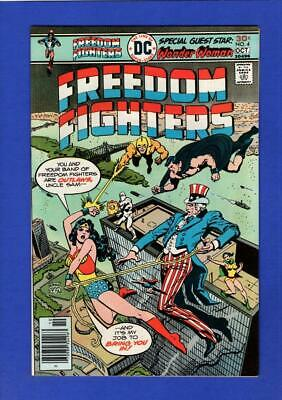 Freedom Fighters #4 Nm 9.4 High Grade Bronze Age Dc
