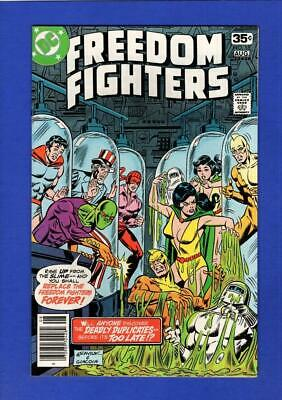 Freedom Fighters #15 Nm+ 9.6 High Grade Bronze Age Dc