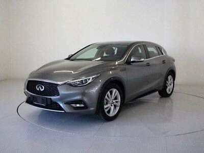 INFINITI Q30 1.5 diesel DCT Business