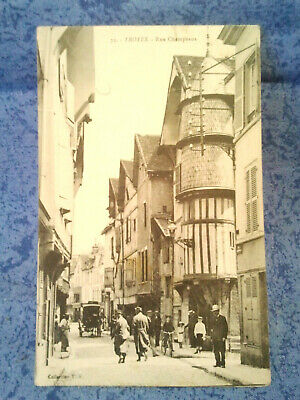 TROYES  rue champeaux