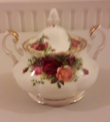 Royal Albert China Old Country Roses Lidded Sugar Bowl Original Backstamp  Tp4