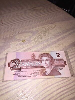 Two Dollar Canada Note 1986 Consecutive Numbers Six (6) Notes