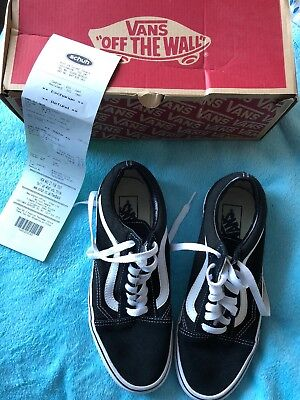 VANS Black   White Unisex OLD SKOOL Shoes Trainers Size UK 7 Worn Once  Receipt b8c2af412